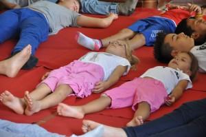 yoga-bambini-pomaia